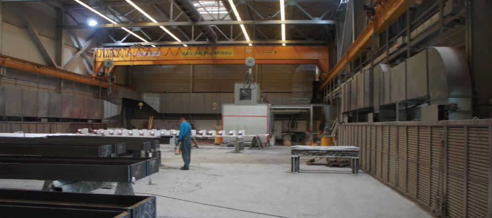 (图8) ■钢结构企业的车间布局     1,规模不大     德国钢结构工厂